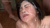 Japanese woman takes several uncensored huge fa...